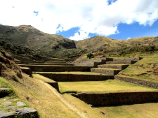 Retire in Peru, Tipon